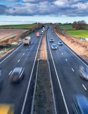 Przedstawiciel transportu we Francji, Niemczech i innych krajach Europy, płaca minimalna w Niemczech, Francji...